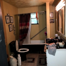 314 Before Bathroom